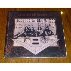 V8 - Live in concert 82